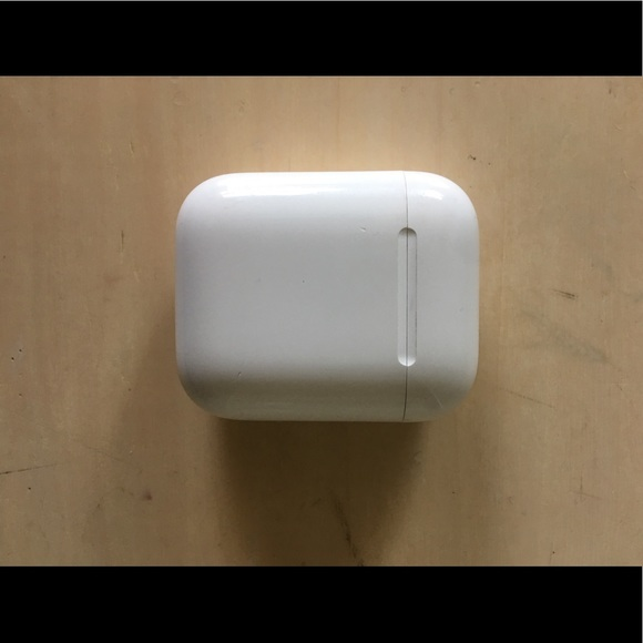 Apple AirPods (Series 1)